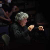 René Jacobs en el Auditorio de Tenerife dirigiendo Così fan tutte